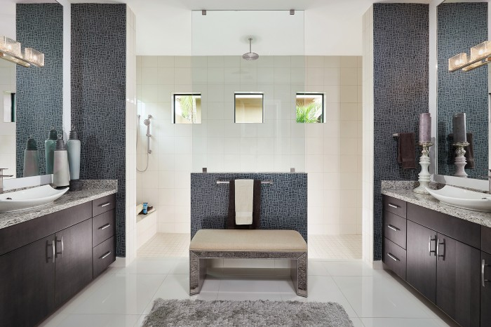 Landon Bathroom new homes Parkland Florida